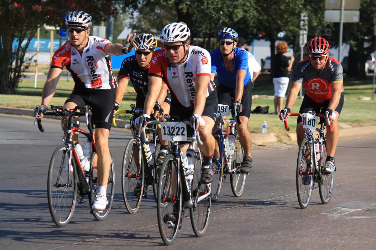 Team Arrow beats the heat in bike race