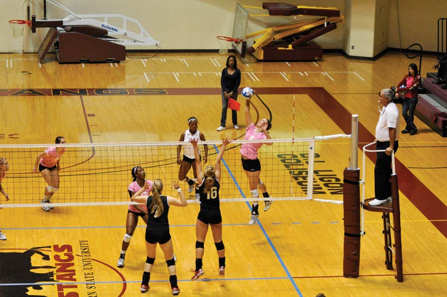 Lady Mustangs record double victories