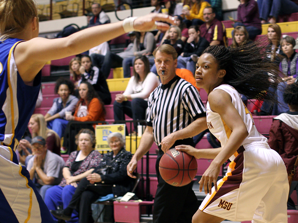 Basketball continues Lone Star Conference