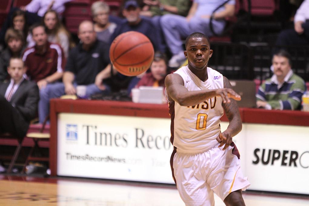 Basketball players reflect on season