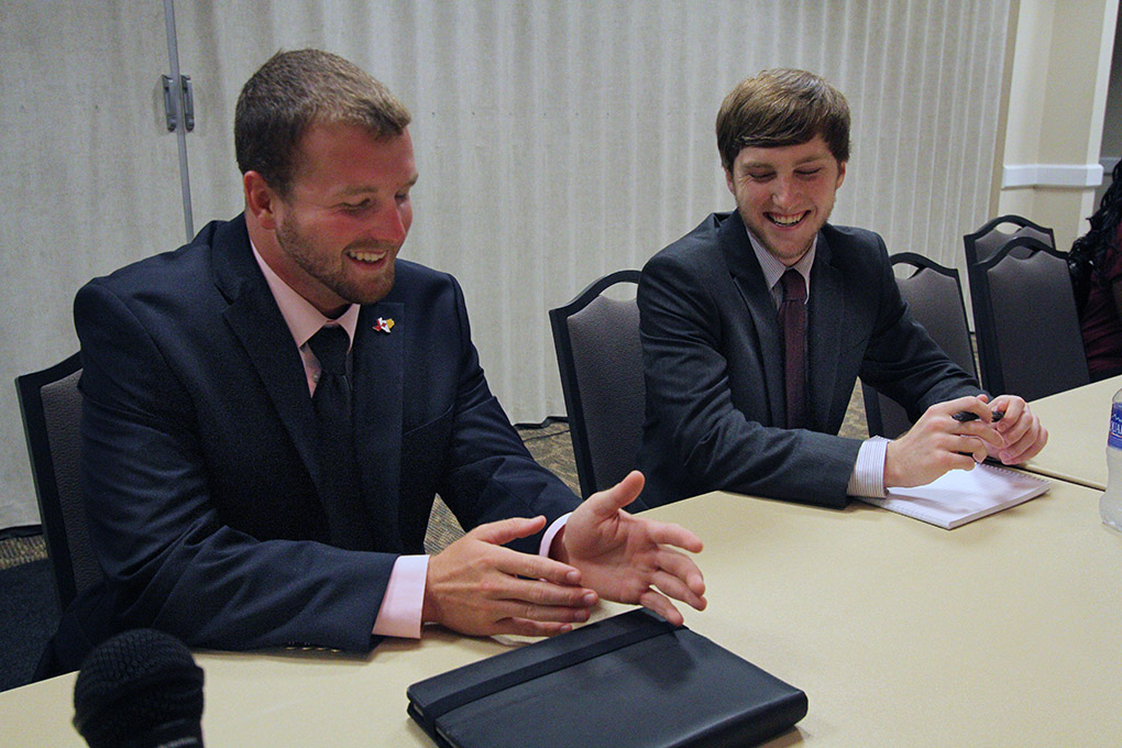 Elected officials outline semester goals at first student government meeting