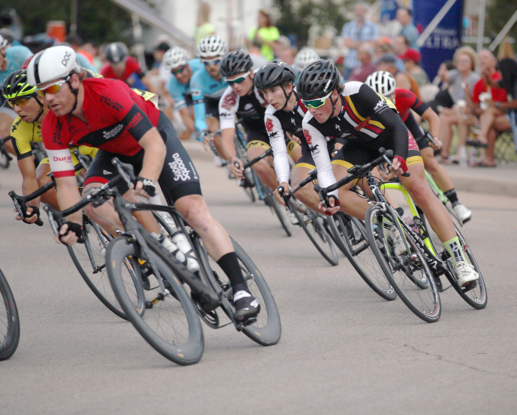 Cycling team places third at nationals