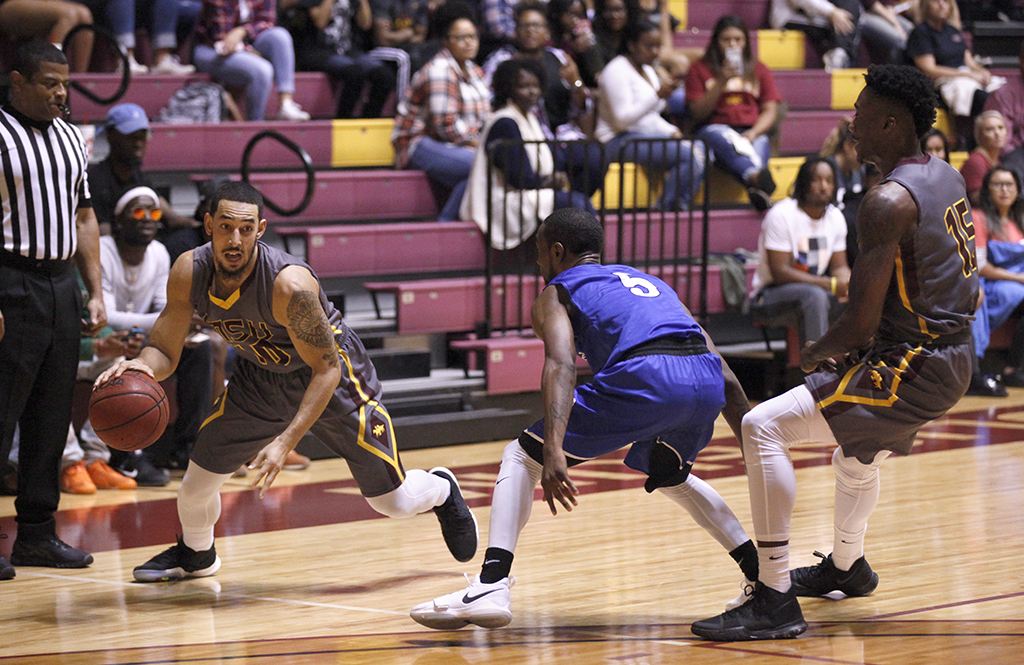 Men's basketball wins exhibition against Oklahoma City