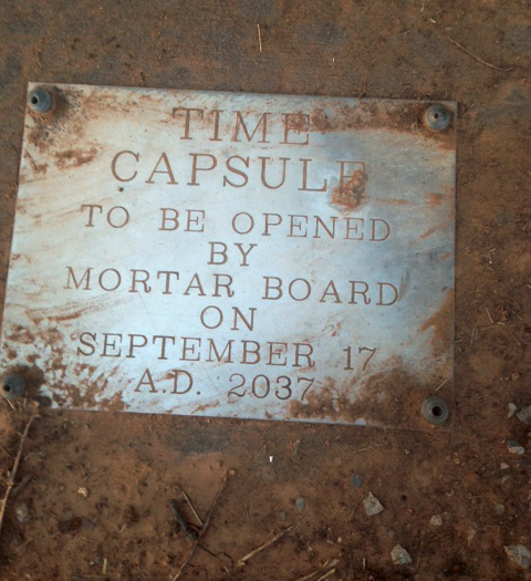 Mortar Board adviser finds time capsule buried in 1987