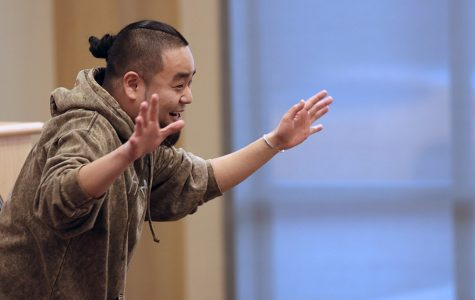 G. Yamazawa inspires audience with poetry