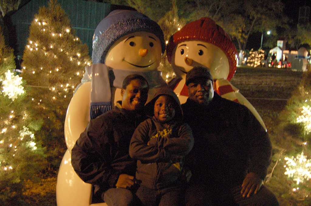 Anthony and Stephanie Patterson and their son Elijah attend their second year at the MSU- Burns Fantasy of Lights in the front lawn of the Hardin building on Nov. 20, 2017. photo by Shea James