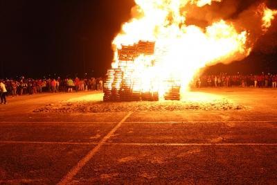 Thursday, Oct 19, 2017 , Homecoming bonfire. Photo by Sara Keeling