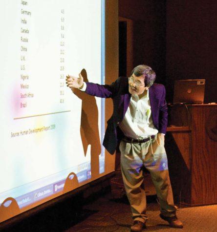 Profs examine wealth gap, declining economy