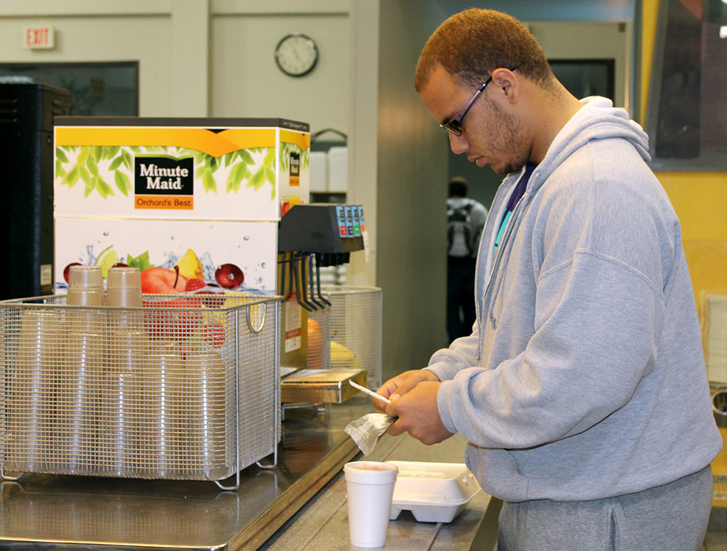 Cafe services defend food selections, answer student