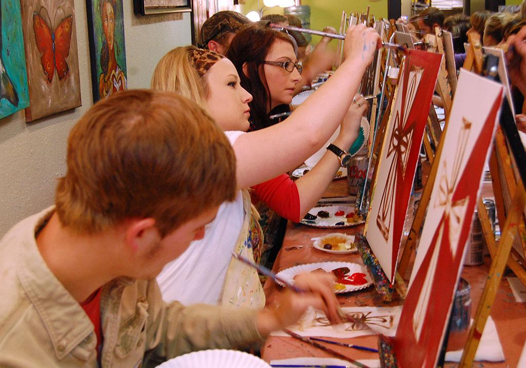 Local art studio hosts scholarship fundraiser