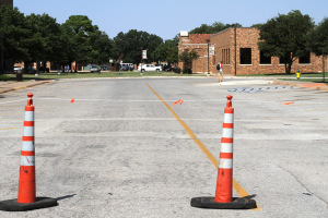 The parking lot between Prothro-Yeager and Pierce Hall sits empty while it waits for construction to begin. The parking lot will be turned into another green space with only trucks allowed access to dropoff supplies to food services. Photo by Lauren Roberts