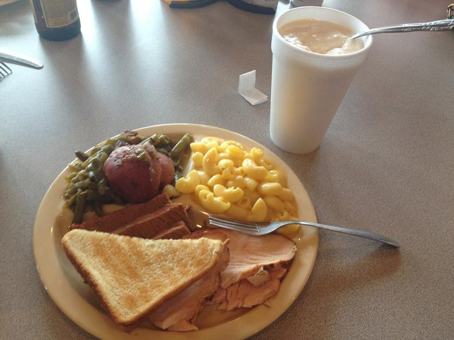 Sliced brisket, smoked turkey, macaroni and cheese, green beans, and Texas toast from Texas Best BBQ.