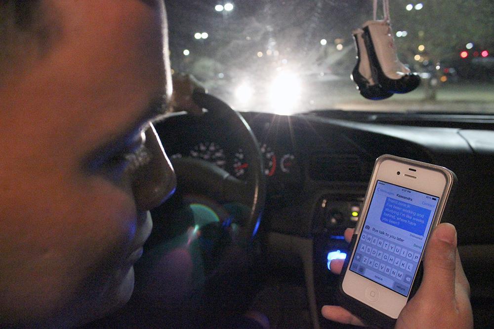 Texas cell phone ban a tough sell