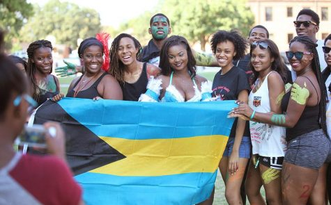 About 300 attend CaribFest parade 2015
