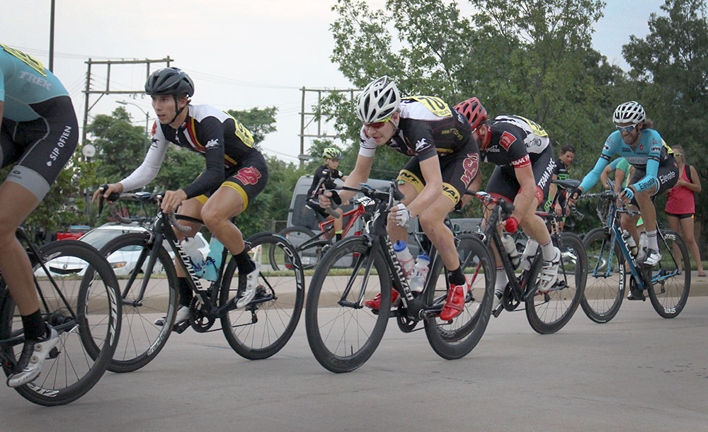 Cycling team takes home five awards in HH100