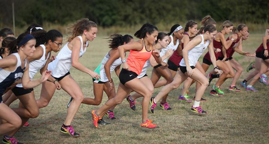 MSU's women cross country team take off from the staring line at Midwestern State Invitational at Lake Wichita Park Oct, 8. Photo by Francisco Martinez