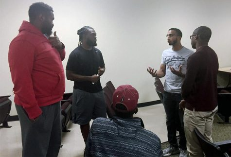 Students discuss language, race at NAACP meeting