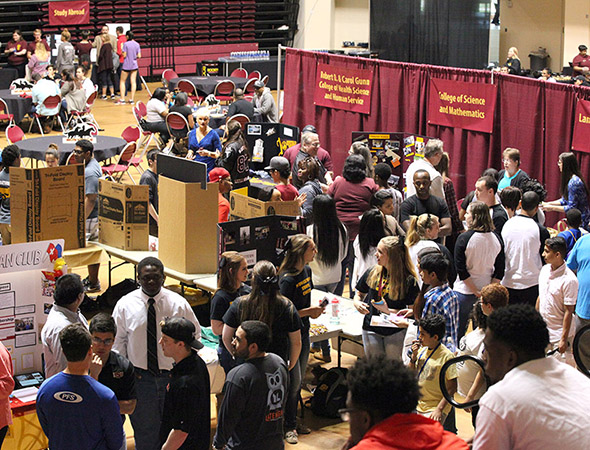 231 prospective students attend Mustangs Rally