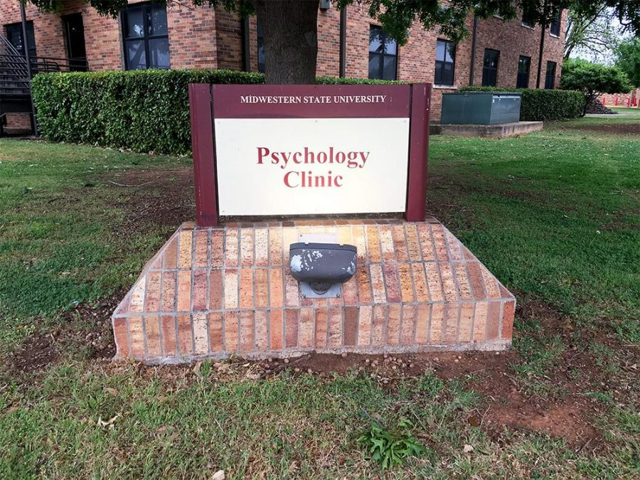 The psychology clinic's sign in front of their office in O'Donohoe.