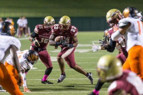 Nicholas Gabriel running for a down at the Homecoming football game against UTPB. Photo by Izziel Latour