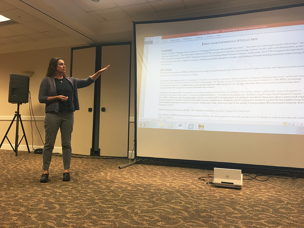 SGA reps discuss First-Year Experience,Comprehensive Campaign