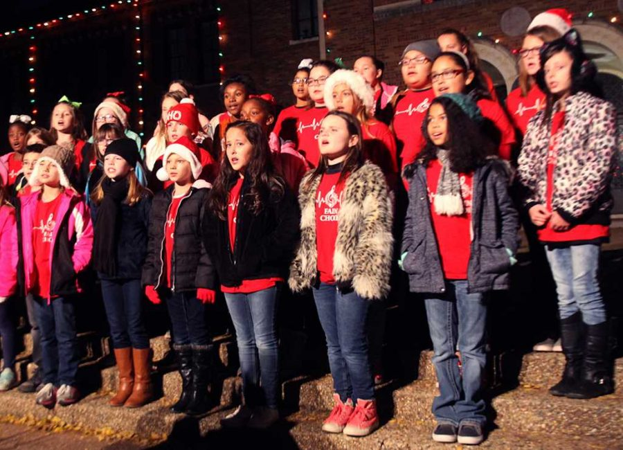 Students from Fain Elementary School Choir sing at the MSU-Burns Fantasy of Lights Dec. 6. Photo by Alyssa Mitchell