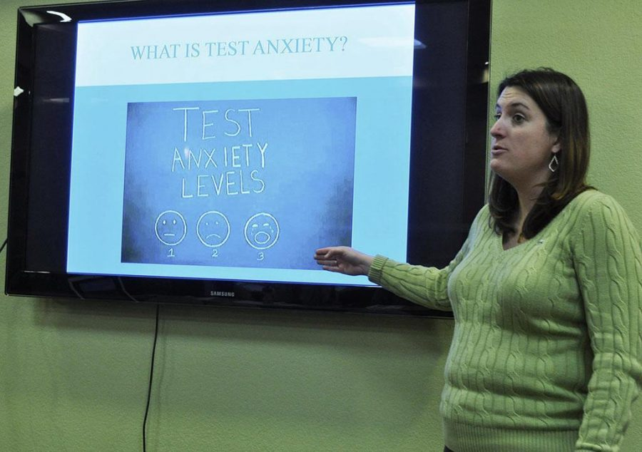 Reagan Foster, liscensed therapist and counselor, leads the third Academic Counseling series of the semester by giving students tips on how to overcome testing anxiety. Feb. 17. Photo by Arianna Davis