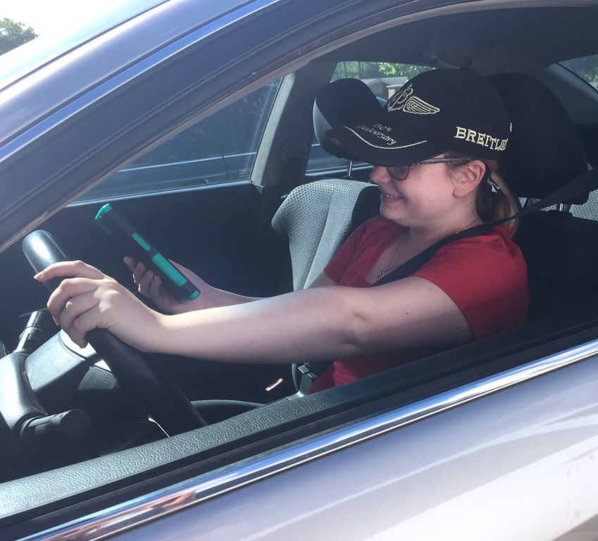 City ordinance bans cell phones behind the wheel