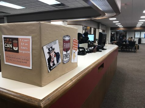 Moffett library hosts Food for Fines