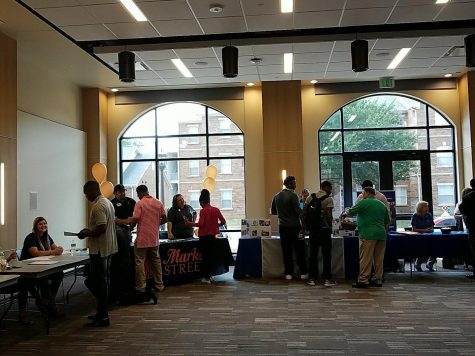 Students interact with employers at fair. Photo by Midwestern State twitter account