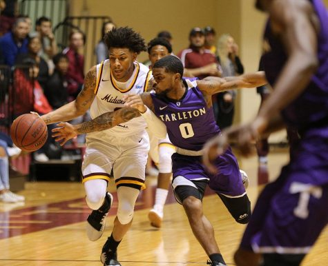 Basketball opens Lonestar Conference against Tarleton