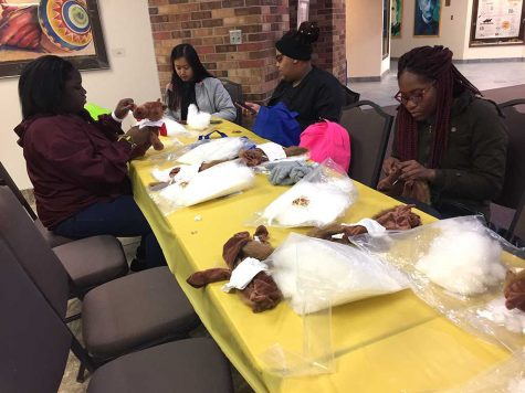 UPB craft craze helps students take a break