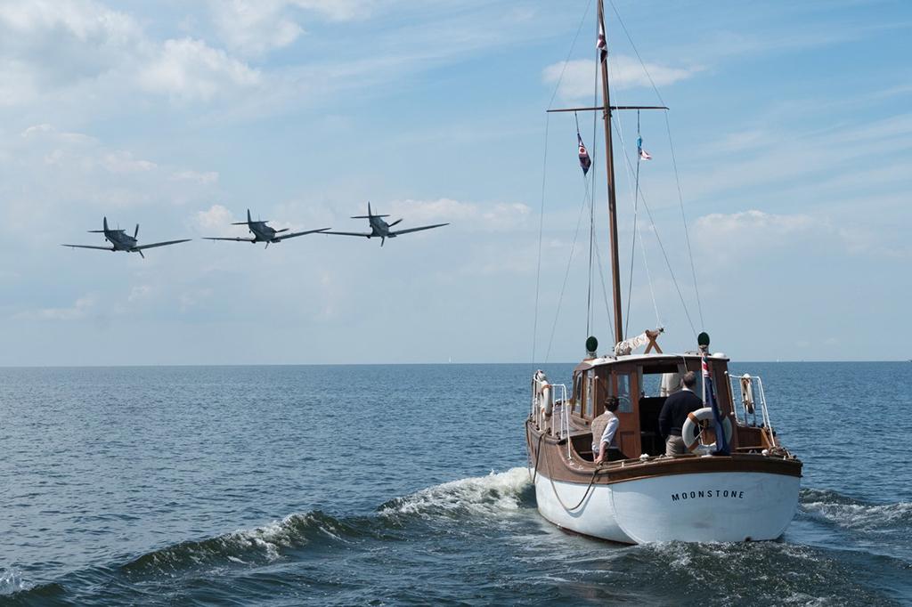 'Dunkirk' a thrilling war flick, falls flat