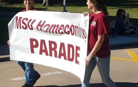 Homecoming parade brings alumni back to campus