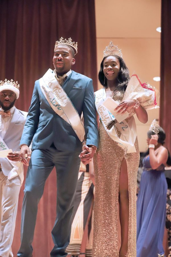 Steven+Williams+and+Lydie+Joseph+are+crowned+the+new+king+and+queen+of+Caribfest+2018.+Photo+by+Demian+Ponce.