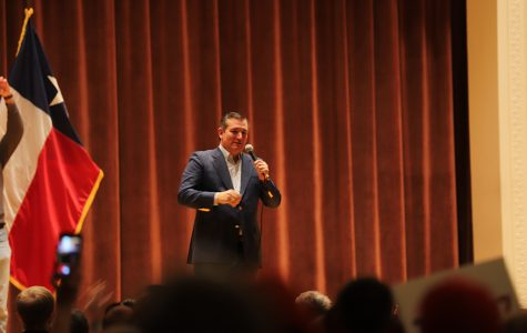 Ted Cruz visits Akin Auditorium