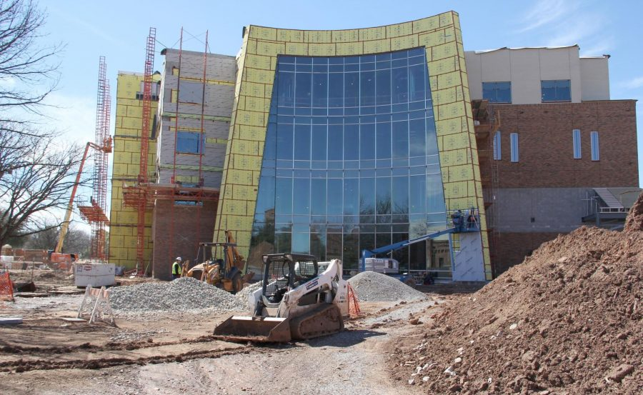 Health+sciences+construction+update%3A+glass+walls+to+look+out+at+the+new+pond+in+front+of+the+building.+March+15.+Photo+by+Cedric+Watts