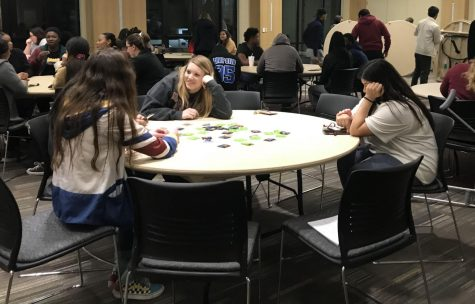 Students attend 'pizza and condoms' with residence life, housing staff