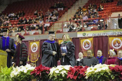 Tina Johnson receives faculty award