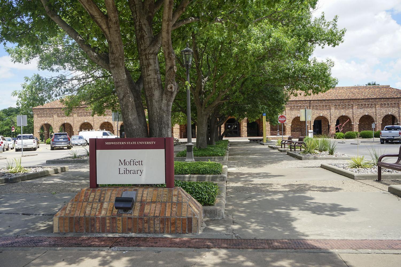 Moffett Library's entrance