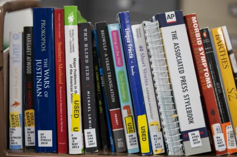 Textbooks donated by students and faculty located in Moffett Library, March 10.