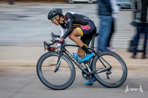 Pablo Cruz wears MSU colors as he speeds by