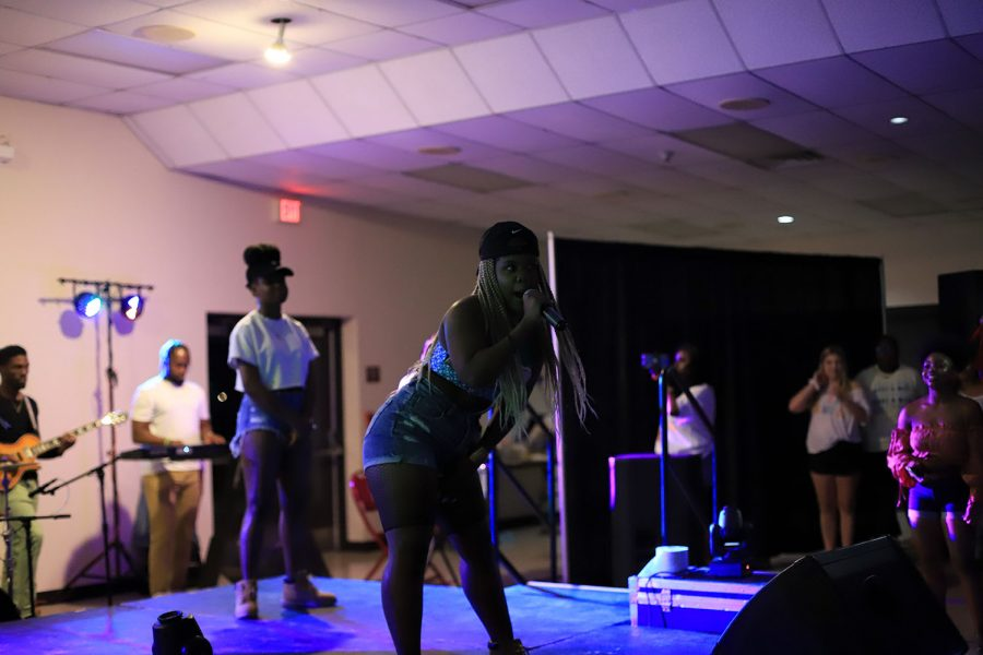 MzBehavior sings and excites the audience with her poetic verses.